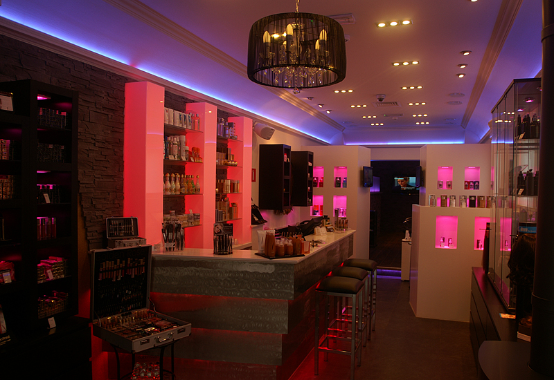 Installation Ceecil A Modern Beauty Salon Euro